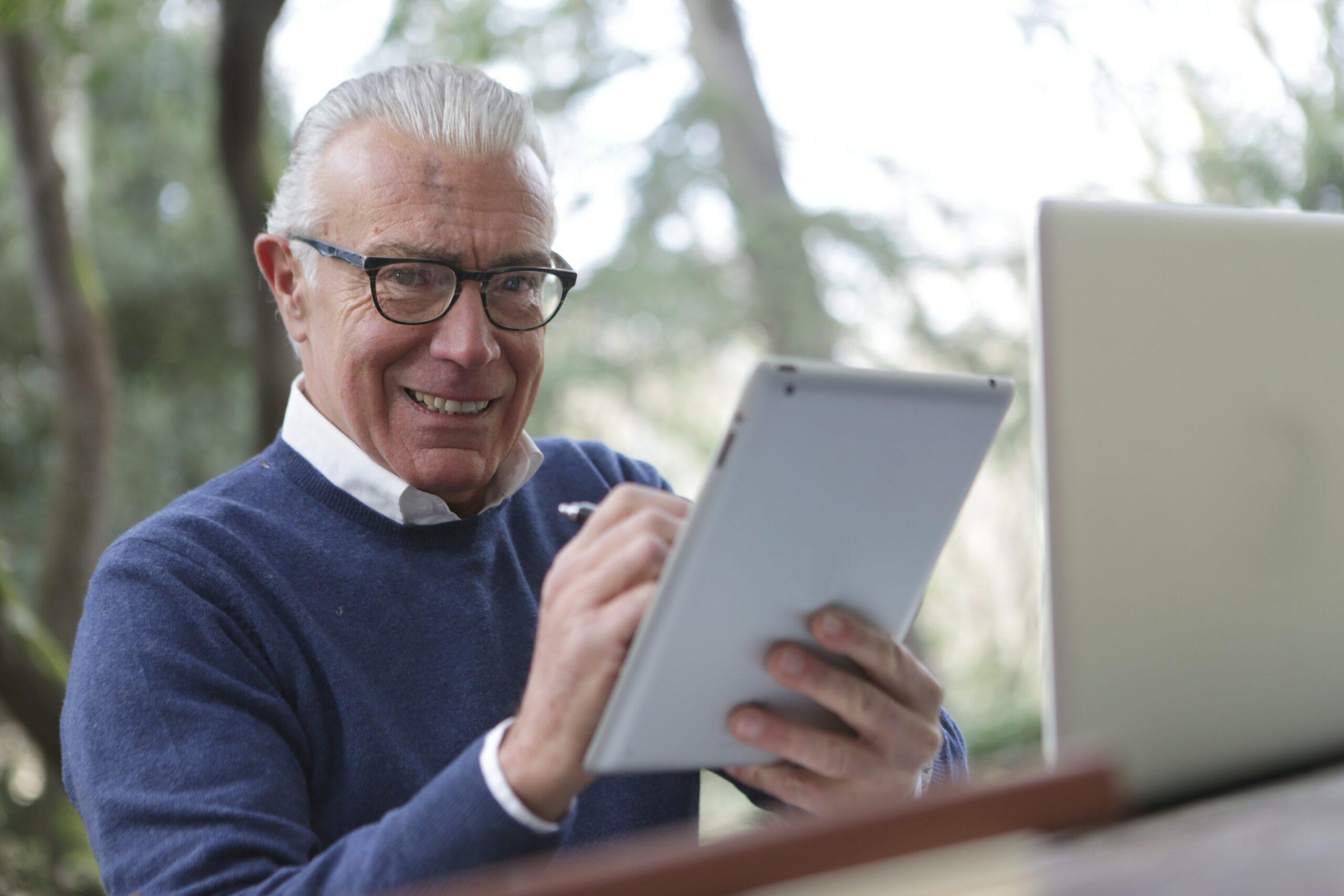 Кредит онлайн до 75 років