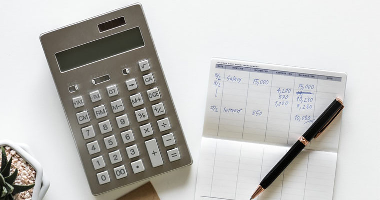 Гроші до зарплати: як отримати фінансову допомогу?
