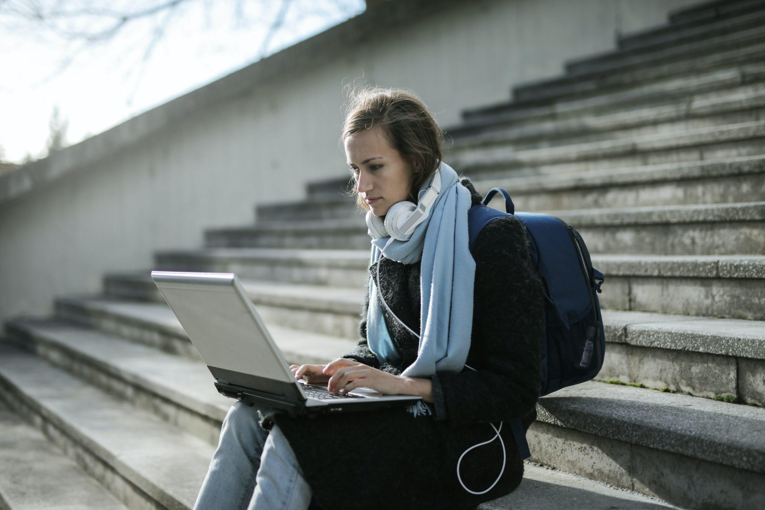 Кредит до зарплати онлайн в Україні