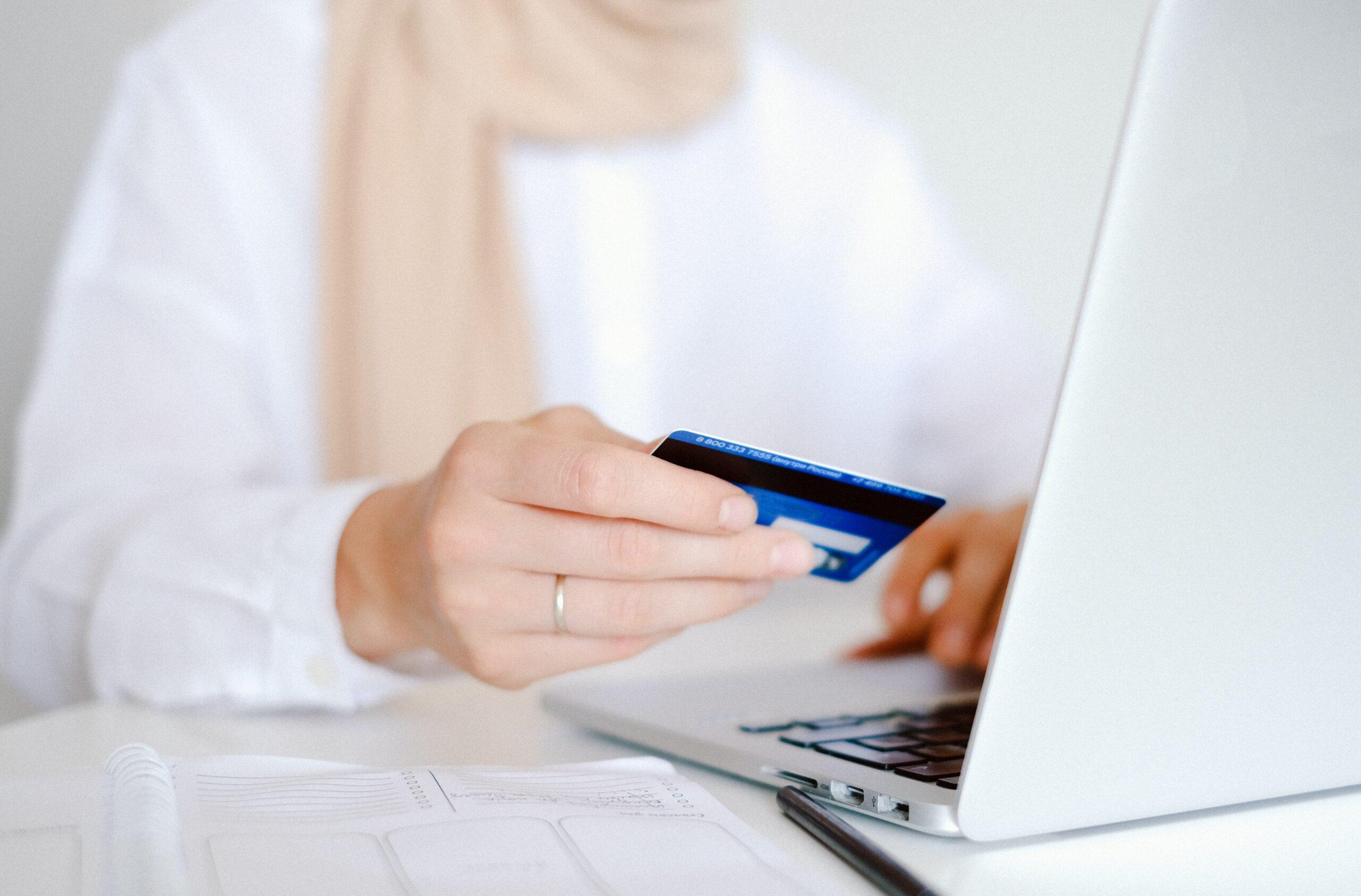 Онлайн кредит на картку Віза
